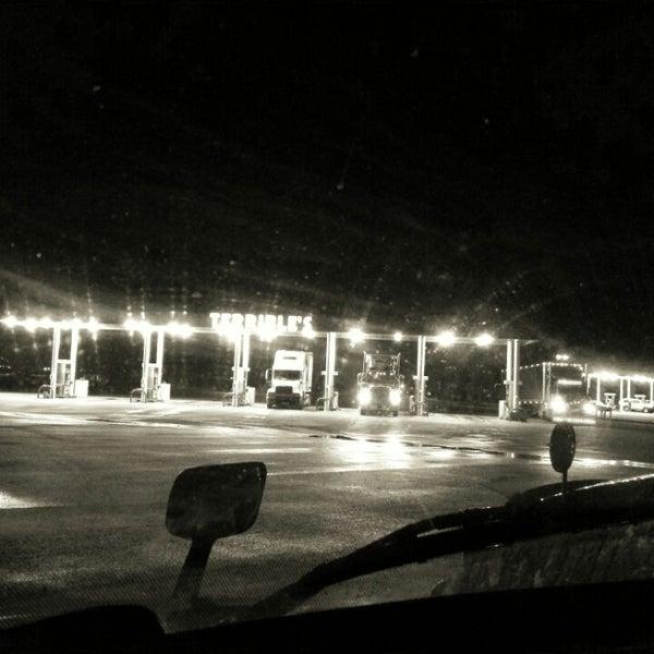 Photo taken at Moapa Paiute Travel Plaza / Chevon Gas by Gary P. on 11/23/2013