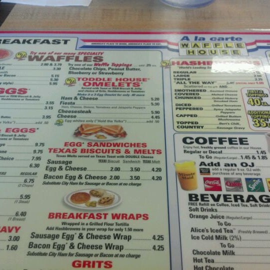 Photo taken at Waffle House by Craig W. on 2/19/2012