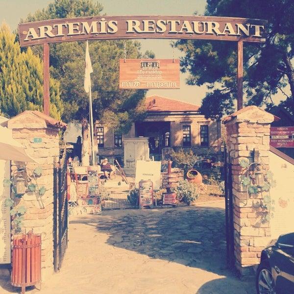 11/3/2013 tarihinde Emir B.ziyaretçi tarafından Şirince Artemis Şarap ve Yöresel Tadlar Evi'de çekilen fotoğraf