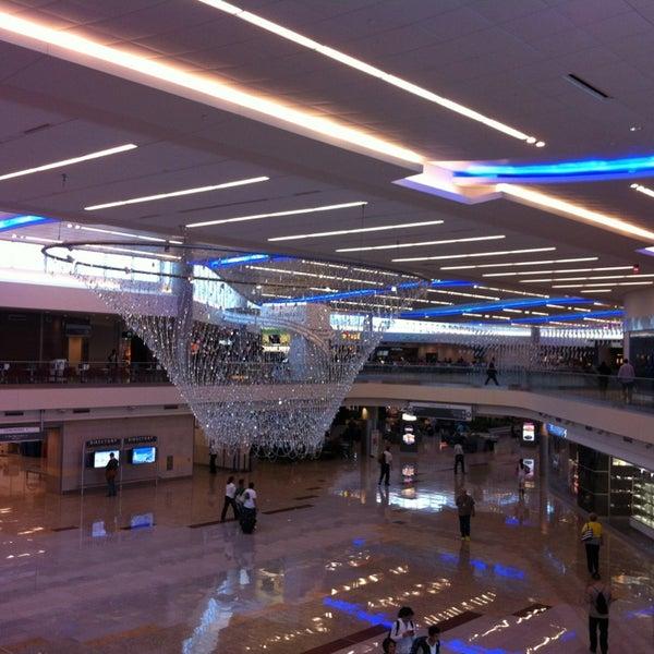 Photo taken at Hartsfield-Jackson Atlanta International Airport (ATL) by BevJack on 6/20/2013