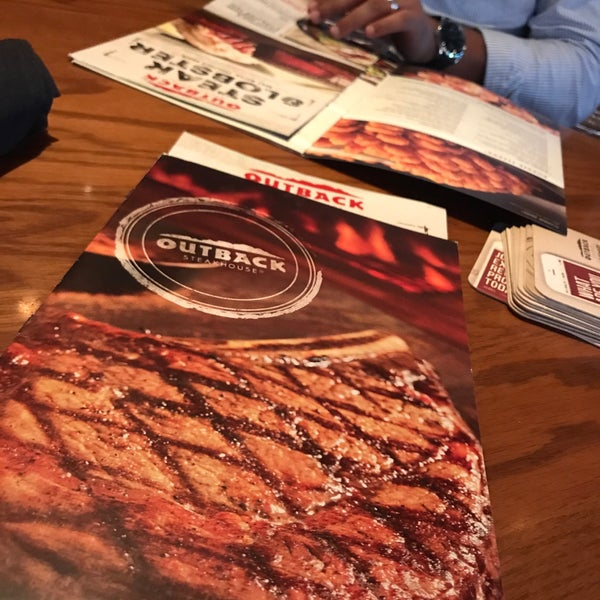 Photo taken at Outback Steakhouse by Mohammed on 8/5/2017