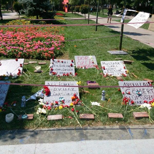 7/12/2013にGökhan B.がTaksim Gezi Parkıで撮った写真