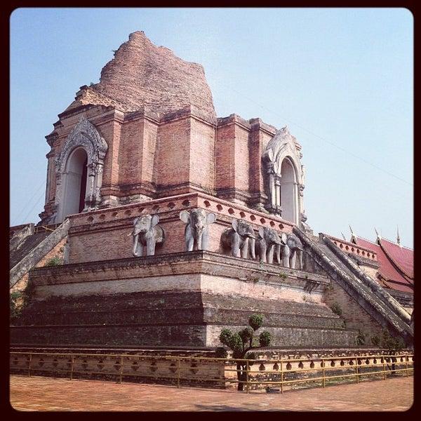 Photo taken at Wat Chedi Luang Varavihara by Khae D. on 2/11/2013