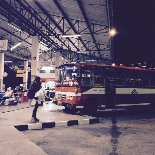รูปภาพถ่ายที่ สถานีขนส่งผู้โดยสารจังหวัดน่าน โดย Khae D. เมื่อ 1/7/2016