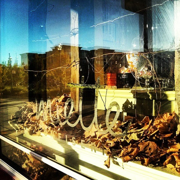 Photo taken at Miette Patisserie by Melissa L. on 10/3/2013