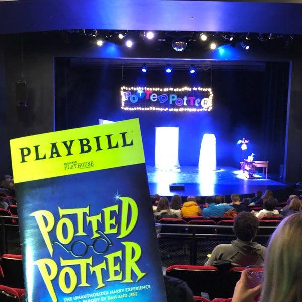 Снимок сделан в Broadway Playhouse пользователем Diana S. 2/10/2018