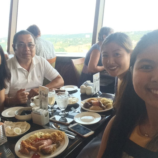 Photo Taken At Skylon Tower Summit Suite Buffet By Nicole Benche T On 7
