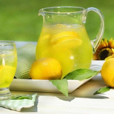 Встречайте новинка в «Куманьке»! Имбирный лимонад!!! Натуральный, освежающий, полезный! Утолит жажду и обогатит организм полезными веществами, витаминами и микроэлементами.