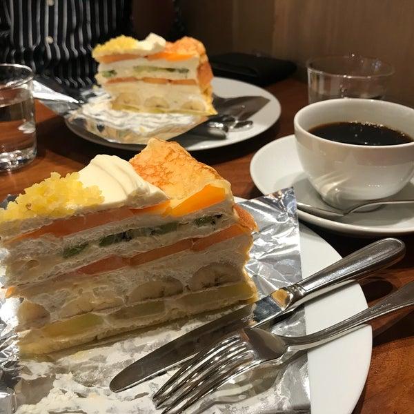 9/13/2018に예지 김.がHARBS ハーブス 栄本店で撮った写真