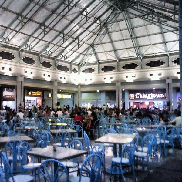 Foto tirada no(a) Teresina Shopping por Marcos S. em 7/12/2013