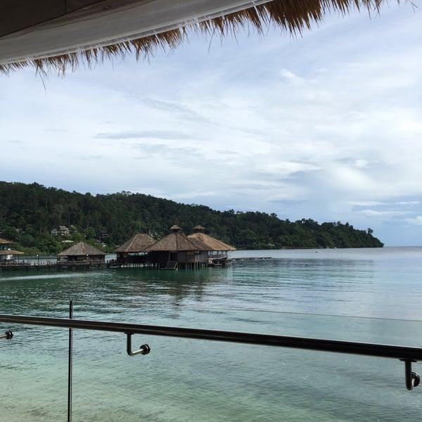 Photo taken at Gayana Eco Resort by Jooil H. on 8/2/2015