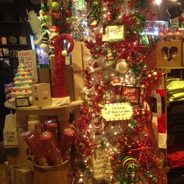 photo taken at cracker barrel old country store by alisha l on 926