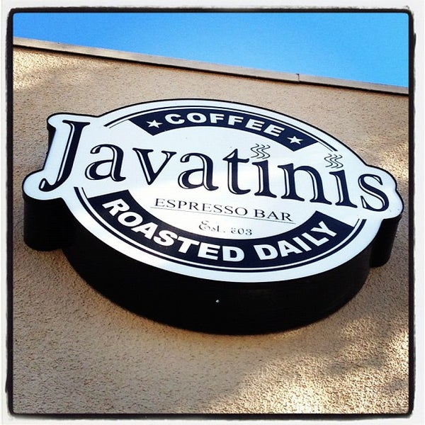 Photo taken at Javatinis Espresso Bar by Shannon on 11/24/2012