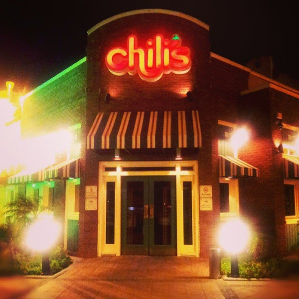 Photo taken at Chili's by Desert Aquaforce on 9/5/2013