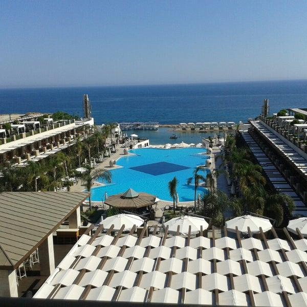 Foto scattata a Cratos Premium Hotel & Casino da Oktay D. il 6/17/2013
