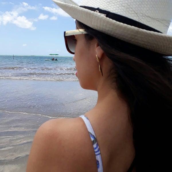 Foto tirada no(a) Praia de São Miguel dos Milagres por Nathalia L. em 10/14/2017