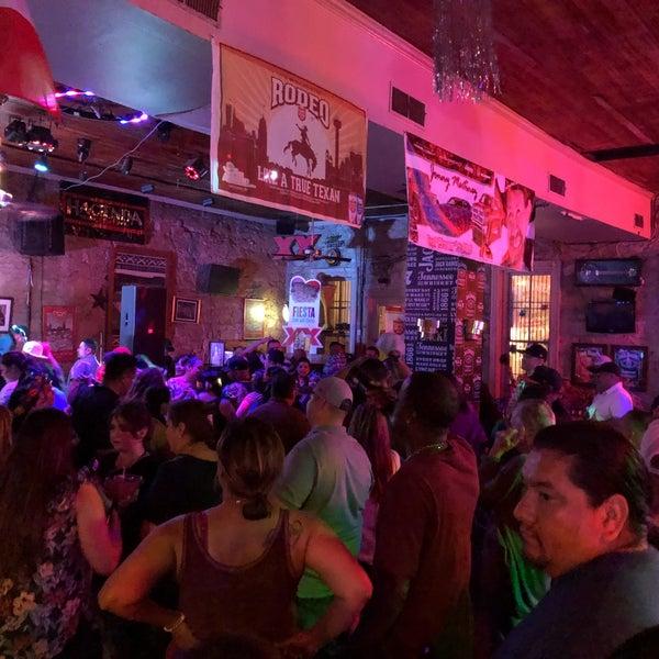Cadillac San Antonio >> Cadillac Bar - American Restaurant in San Antonio