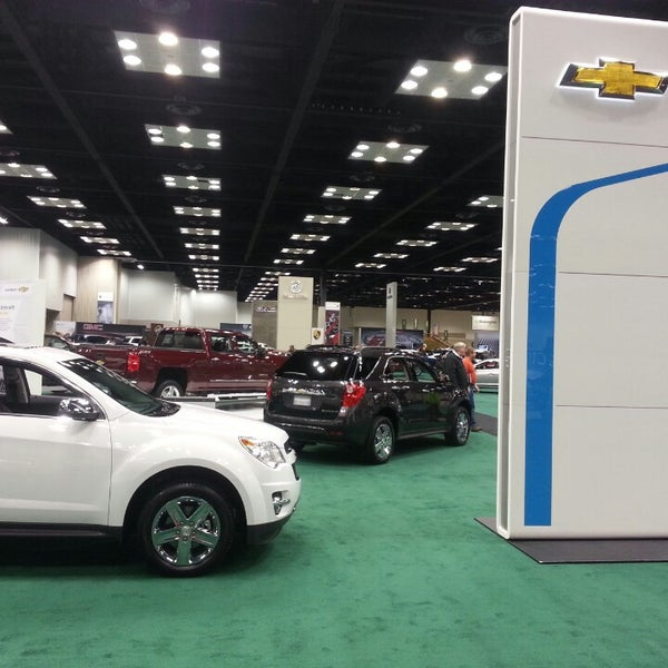 Photos At Indianapolis Auto Show Now Closed Downtown - Car show in indianapolis this weekend