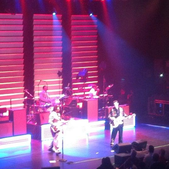 รูปภาพถ่ายที่ Beacon Theatre โดย Juan Pablo C. เมื่อ 11/12/2012