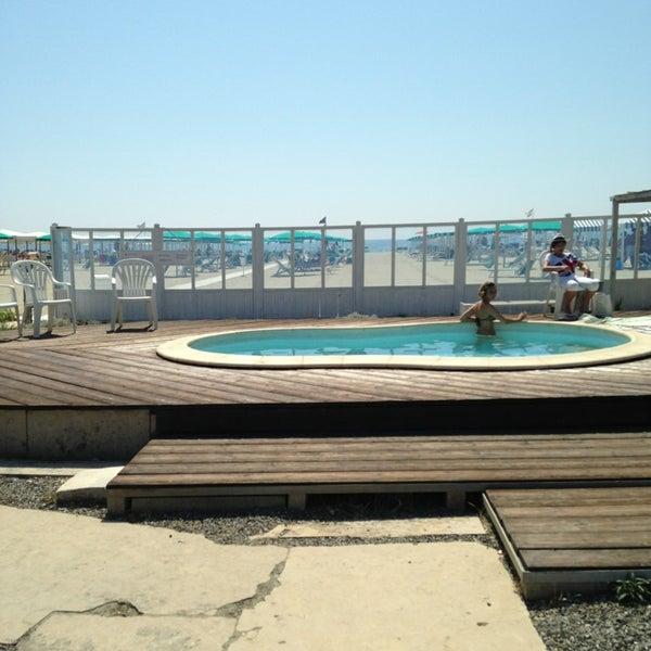 Fotos em Bagno Battelli Marina di Massa - Praia