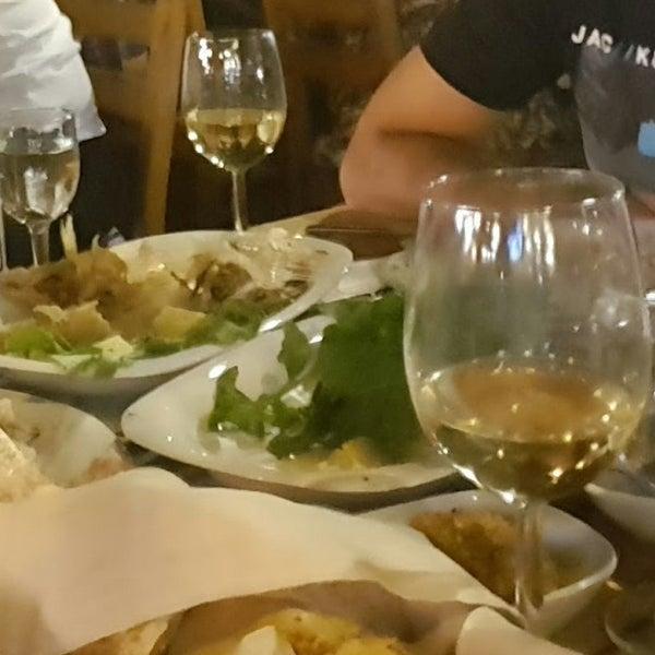 8/25/2017 tarihinde Tunç K.ziyaretçi tarafından Kekik Restaurant'de çekilen fotoğraf
