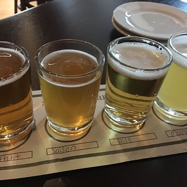 Photo taken at Iron Hill Brewery & Restaurant by Kristin C. on 5/4/2017