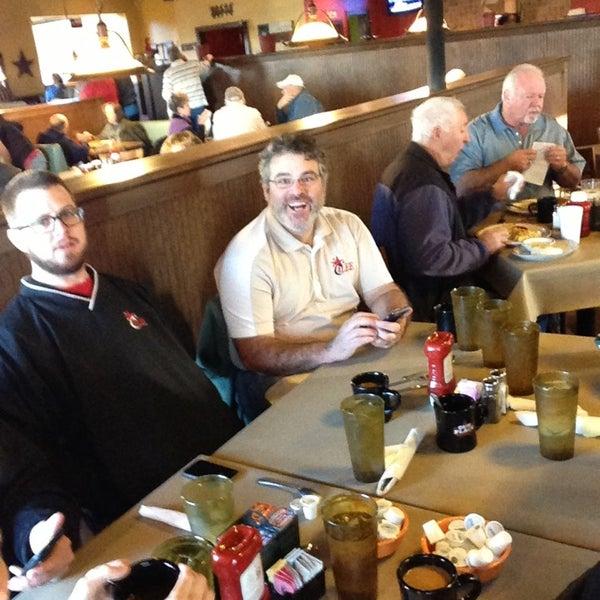 Das Foto wurde bei Our Place Restaurant von Brent E. am 1/18/2013 aufgenommen