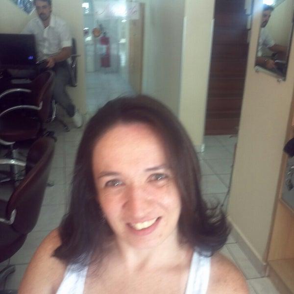 Foto tirada no(a) Notabile Beleza e Saúde por Daniella C. em 2/16/2013
