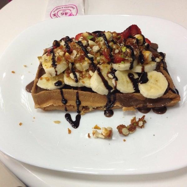11/14/2013 tarihinde Sinan C.ziyaretçi tarafından Waffle Edem 46'de çekilen fotoğraf