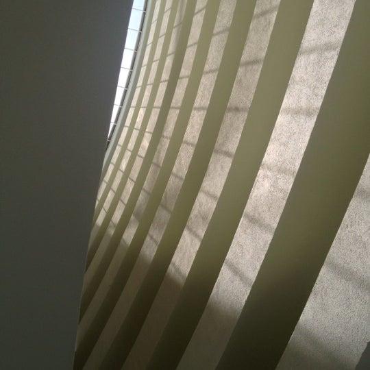 Foto tirada no(a) Lira Hotel Curitiba por Calvin F. em 10/29/2012