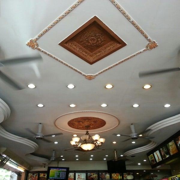 Photo taken at Restoran Al-Naz Maju by Alwi I. on 4/30/2013