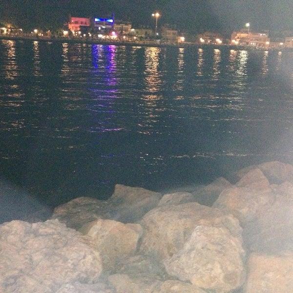 7/8/2013 tarihinde Kenan K.ziyaretçi tarafından Küçükkuyu Limanı'de çekilen fotoğraf