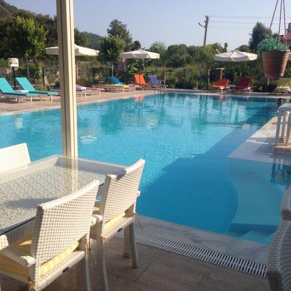 8/26/2014 tarihinde Adem Cem Ç.ziyaretçi tarafından Göcek Naz Hotel'de çekilen fotoğraf