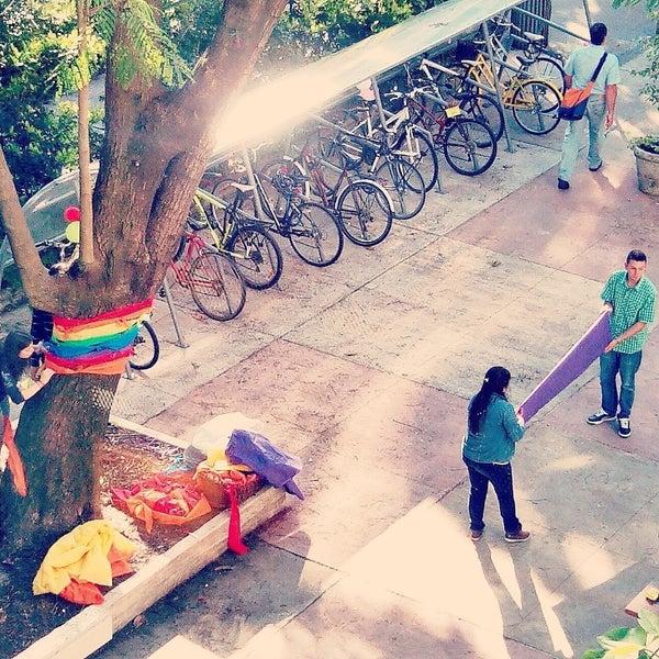 Foto tomada en Facultad de Psicología - Udelar por Paribanu F. el 9/24/2014