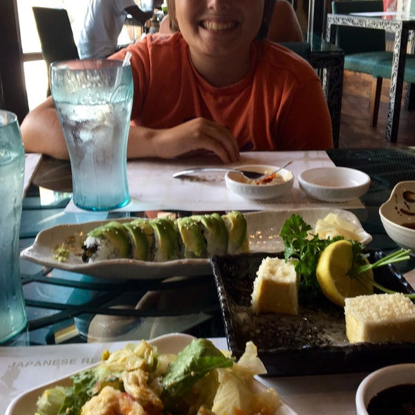 Photo taken at Aomi Japanese Steakhouse by Lisa P. on 8/4/2016