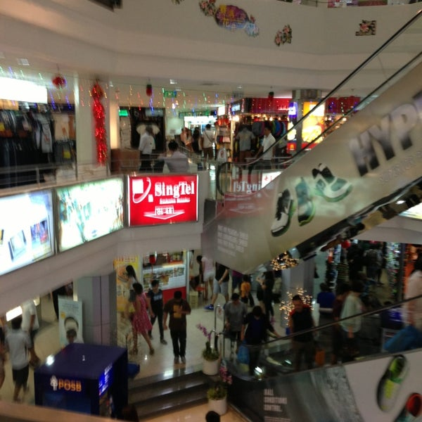 Queensway Shopping Centre - Shopping Mall in Central Region