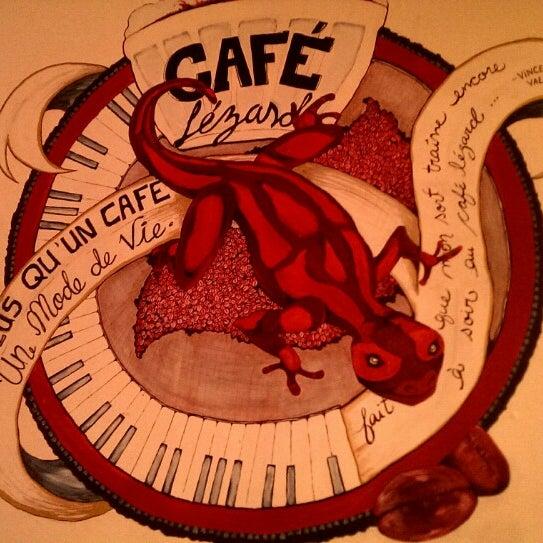 4/7/2014 tarihinde Eric M.ziyaretçi tarafından Café Lézard'de çekilen fotoğraf