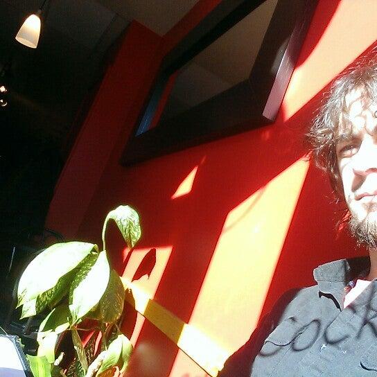 1/26/2015 tarihinde Eric M.ziyaretçi tarafından Café Lézard'de çekilen fotoğraf