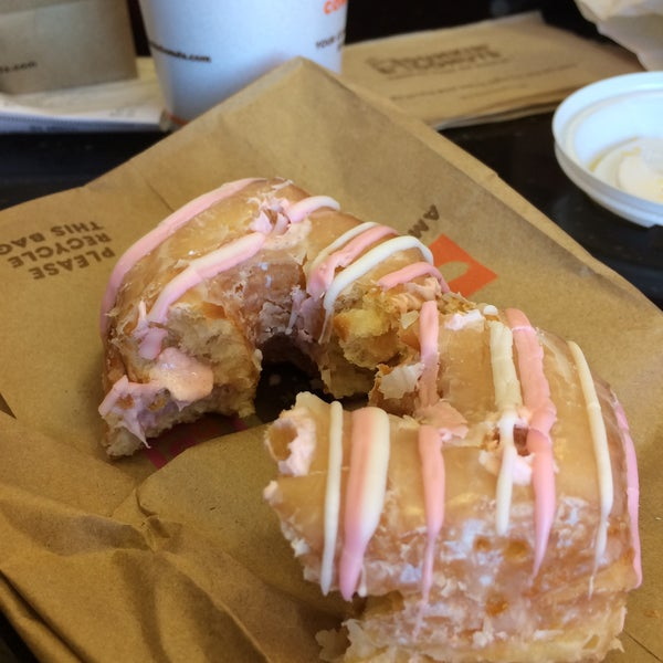 Photo taken at Dunkin Donuts by Jennie O. on 3/5/2016