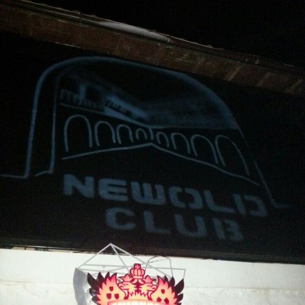 9/14/2013 tarihinde Fahrettin Ö.ziyaretçi tarafından NewOld Club'de çekilen fotoğraf
