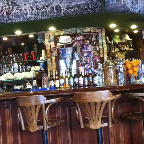 4/22/2013 tarihinde Elif Ö.ziyaretçi tarafından Cozy Bar&Restaurant'de çekilen fotoğraf