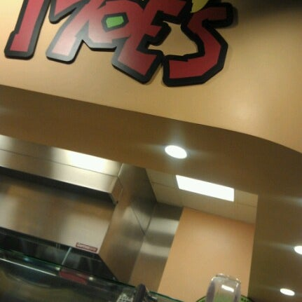 Photo taken at Moe's Southwest Grill by Rosa P. on 1/9/2013