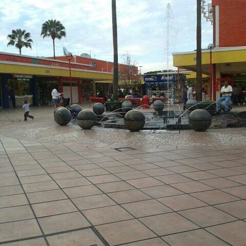 Foto tomada en Plaza del Sol por Romina D. el 3/14/2013