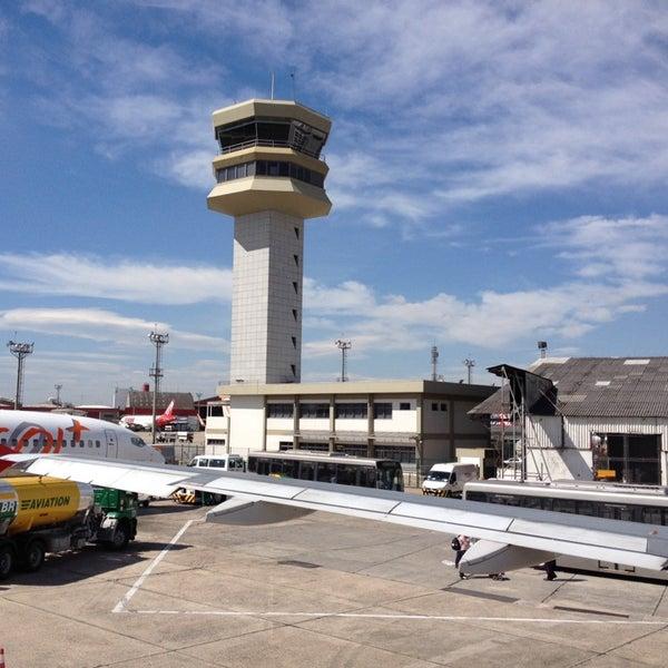 Снимок сделан в Международный аэропорт Конгоньяс/Сан-Паулу (CGH) пользователем Cris G. 11/12/2013