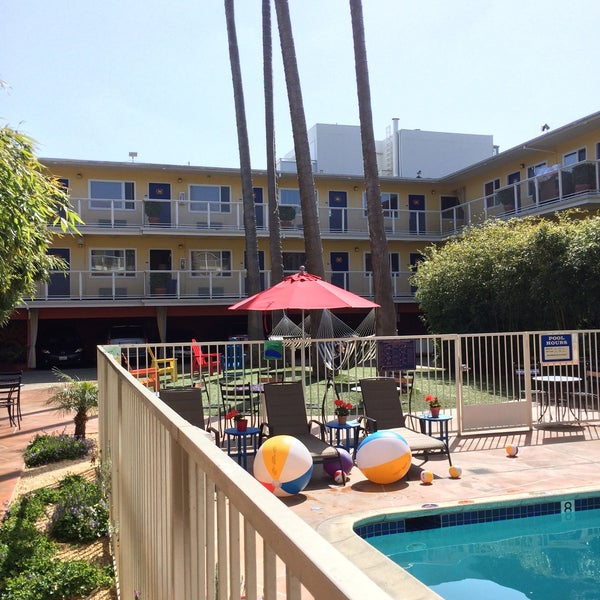Photo taken at Hotel Del Sol by Geoff F. on 4/23/2015