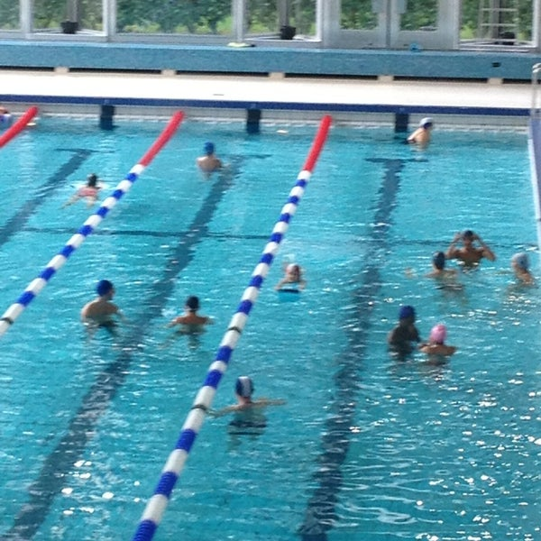 Piscine longchamp zwembad 17 conseils de 464 visiteurs for Piscine uccle
