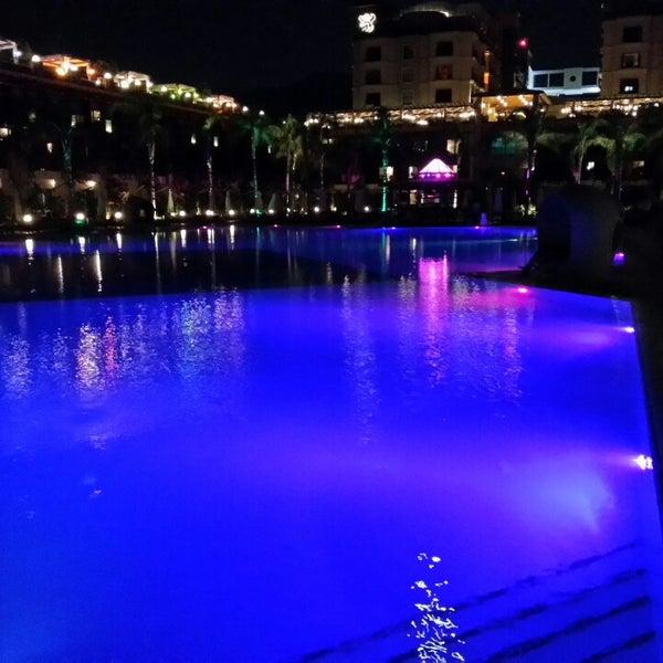 7/20/2013 tarihinde Gökhan N.ziyaretçi tarafından Cratos Premium Hotel & Casino'de çekilen fotoğraf
