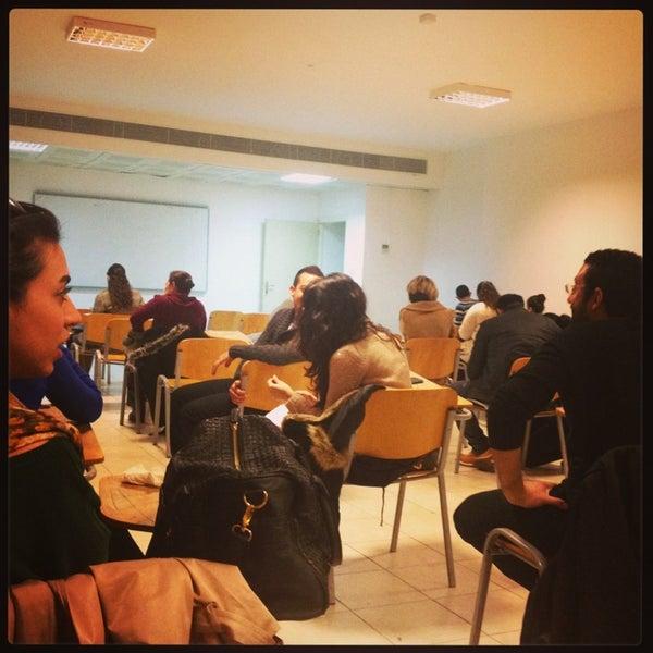 1/28/2013 tarihinde Aycan H.ziyaretçi tarafından Eğitim Sarayı'de çekilen fotoğraf