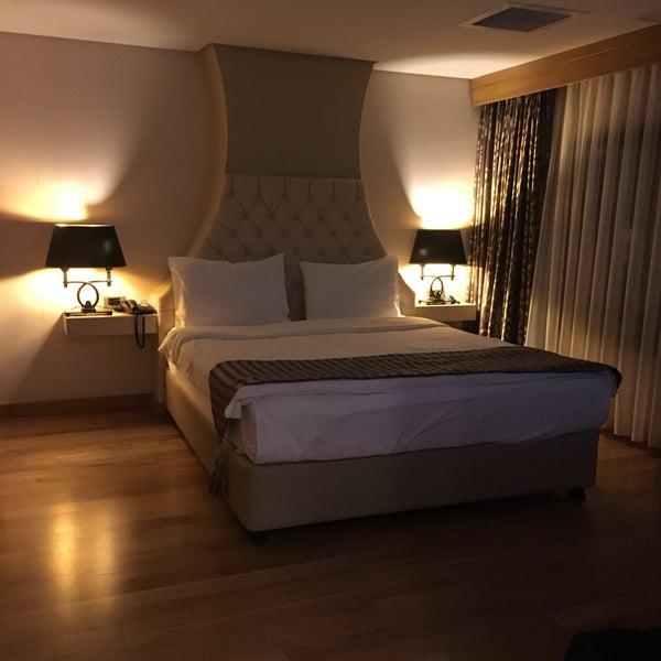 9/28/2017 tarihinde Mehmet 🇹🇷 D.ziyaretçi tarafından Queen Hotel & Spa'de çekilen fotoğraf