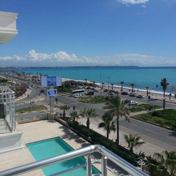 3/29/2013 tarihinde Hikmetziyaretçi tarafından Sea Life Resort Hotel'de çekilen fotoğraf
